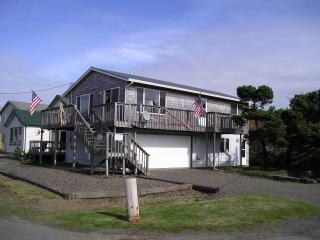 Large Rockaway Beach Home, Steps to the Beach - Rockaway Beach vacation rentals