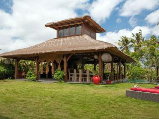 Canggu Tropical Large Villa, with Pool Fence - Seminyak vacation rentals