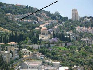 B&B Israelbed.net. Near Bahai Garden.UPPER-room. - Haifa vacation rentals