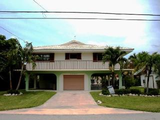 Judy's Gem, 3 bedrooms and 2 baths, Unit 34 - Key Colony Beach vacation rentals
