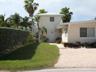 Dolphin Dreams, 3 bedrooms and 3 baths, Unit 30A - Key Colony Beach vacation rentals