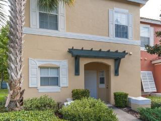 EMERALD ISLAND-(8452CCL)Great 3BR Townhome gated Resort, tons of amenities, close to Disney - Kissimmee vacation rentals