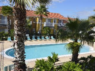 LAKE BERKLEY-(975PT)  Spacious 4BR 3.5BA Townhome, gated Resort, 2 Master Suites - Kissimmee vacation rentals