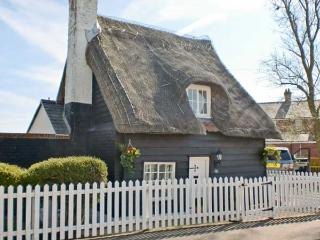 Little Thatch, East Anglia Ref 13617 - Essex vacation rentals