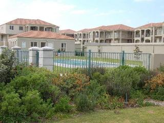 Villa D'Algarve, 3 Bedroom Apartment in Cape Town - Cape Town vacation rentals