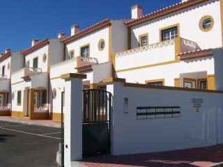 2 Bedroom House 2km from beach Longueira, Portugal - Alentejo vacation rentals