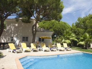 4 Bedroom Villa near Quinta do Lago  Vale do Lobo - Almancil vacation rentals