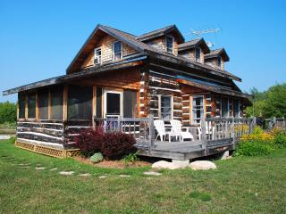Dovetail Acres Log Home, Private Vacation Paradise - Sister Bay vacation rentals