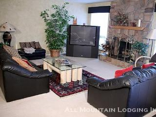 Park West Town Home 3920: Come Home to Comfort in this Spacious Vacation Rental Near Canyons - Park City vacation rentals