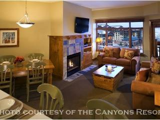 Sundial 1 Bedroom: Roof Top Hot Tub, Easy Access to the Slopes—Sundial Lodge Has It All - Park City vacation rentals