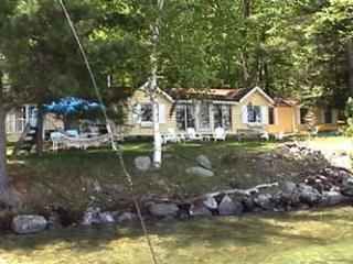 Lake Winnipesaukee Cozy Romantic Cottage on Bear Island - Meredith vacation rentals