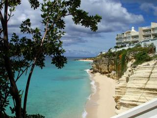 The Cliff Beach & Spa A7 at Cupecoy, Saint Maarten - Beachfront, Gated Community, Communal Pool - Cupecoy vacation rentals