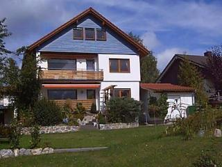 Vacation Apartment in Hüttenberg - 969 sqft, newly furnished, comfortable, relaxing (# 2517) - Giessen vacation rentals