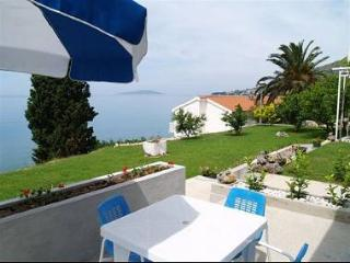 5147  A4 Somina(2+2) - Brist - Central Dalmatia vacation rentals