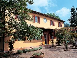 LE FERRINE - Lucca vacation rentals