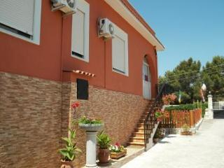 Home from Home - Bolognetta vacation rentals