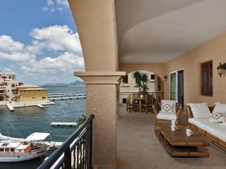 Porto Blue At Porto Cupecoy, Saint Maarten - Ocean View, Gated Community, Communal Pool - Terres Basses vacation rentals