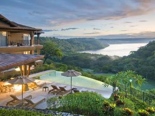 Ocean View Luxury Villa: golf, beach, concierge - Gulf of Papagayo vacation rentals