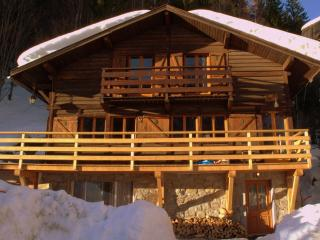 Rustic Charm & Modern refurb - 2 mins from lifts - Chamonix vacation rentals