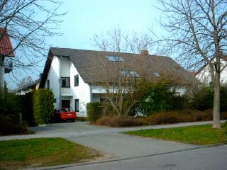 Vacation Apartment in Eppelheim - 570 sqft, comfortable, good transport links, close to Heidelberg (#… - Eppelheim vacation rentals