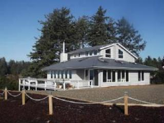 Bourbon Place Retreat....Netarts Bay! - Oregon Coast vacation rentals