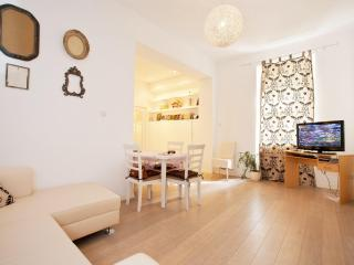 Funicular - Centar 2 Bed New Flat to Rent - Zagreb vacation rentals