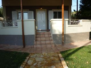 COSY VACATION HOUSE - Lagonisi vacation rentals