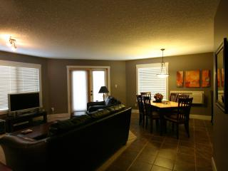 Comfortable Modern Mountain Style Condo 2Bed/2Bath - Radium Hot Springs vacation rentals