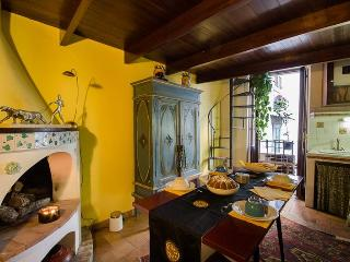 Pillowapartments Piazza Navona Stylish Apartment - Lazio vacation rentals