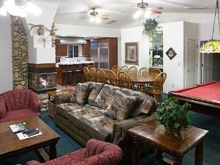 Beautiful 3 bdrm Home Designed for Entertaining! - Yosemite National Park vacation rentals