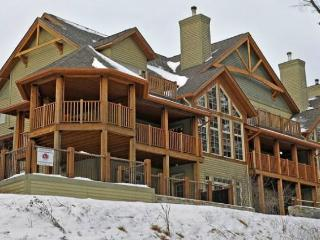 Panache - Relaxing, Refined, Remarkable - Mont Tremblant vacation rentals