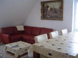 Vacation Apartment in Nuremberg - 861 sqft, central, comfortable (# 2615) - Nuremberg vacation rentals