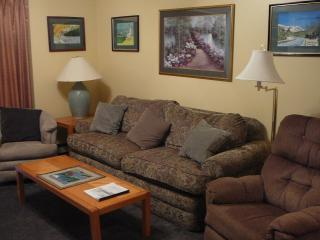 White Mountains, NH  Resort Condo with pool - White Mountains vacation rentals