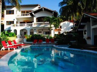 Villa de Roja - Beachfront! - San Pancho - Mexican Riviera-Pacific Coast vacation rentals