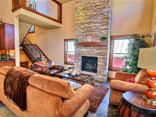 Abode at Parkwood - Main St living and ski access! - Park City vacation rentals