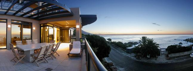 Bloomberg Bakoven Five Star Apartment - Image 1 - Cape Town - rentals