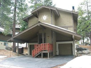 A summer long remodel made a beautiful transformation in this roomy chalet - South Lake Tahoe vacation rentals