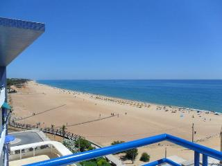 Luxury beachfront 3 bedroom dup Quarteira Algarve - Quarteira vacation rentals
