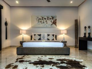 DELUXE 2 BEDROOM VILLA WITH BUTLER SERVICE - Bali vacation rentals