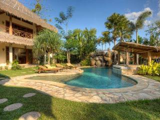 Charming Exotic & Luxurious Villa In Umalas - Seminyak vacation rentals