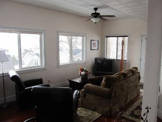 New 2 bedroom 975ft² near institution-Chautauqua - Chautauqua vacation rentals