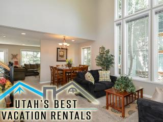 Nice Cottonwood Home! Park+Hot Tub+ 3 Homes Avail - Salt Lake City vacation rentals