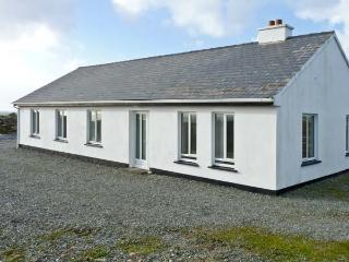 DOLAN COTTAGE, detached cottage, sleeping seven people, open fire, and garden with sea views, in Dolan, Ref 14005 - Derry vacation rentals