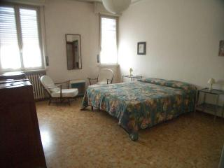 Room in an apartment close to city center/Hospital - Parma vacation rentals
