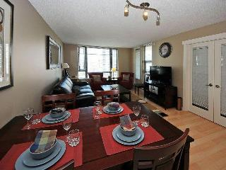 2 bed,sleeps 6, Great luxury downtown location! - Victoria vacation rentals