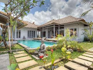 Charming Traditional Villa In Seminyak - Seminyak vacation rentals