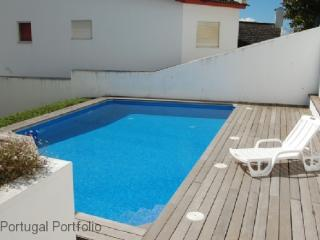 Central Apartment II - Cascais vacation rentals