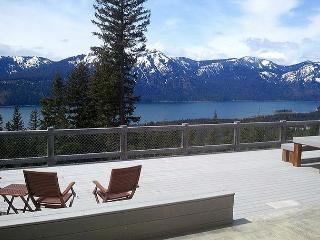 Looking for panoramic views and privacy? Huge Hot Tub! *Summer SPECIALS* - Cle Elum vacation rentals