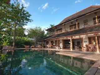 Villa Kipling, 5/6 Bedroom, Great Ricefield View ! - Bali vacation rentals