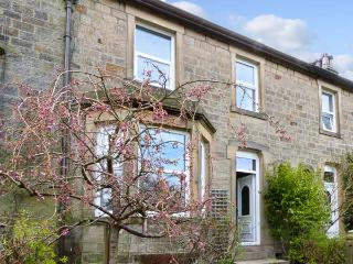 5 RIBBLE TERRACE, a stone-built cottage overlooking the river, with three bedrooms, and open fire, in Settle, Ref 13887 - Settle vacation rentals
